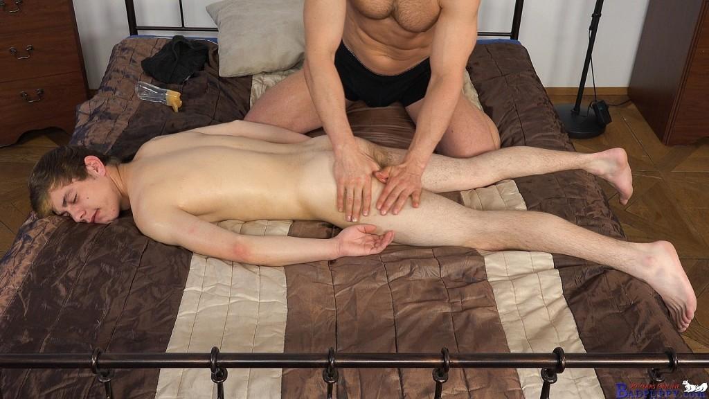 Vilda Molek gets a rub down.